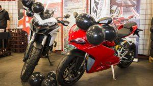 Ducati motoren op Taste of Life event Autobedrijf Bart Ebben Malden