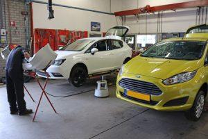 Vakkundige en nette afwerking bij het monteren van trekhaken voor alle merken door Autobedrijf Bart Ebben in Malden regio Nijmegen