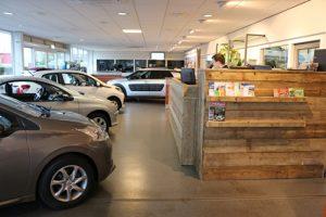 Werkplaatsbalie-showroom BOVAG Autobedrijf Bart Ebben Malden bij Nijmegen Eurorepar dealer